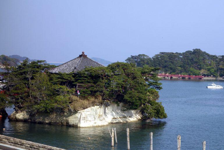 五大堂と福浦橋、福浦島